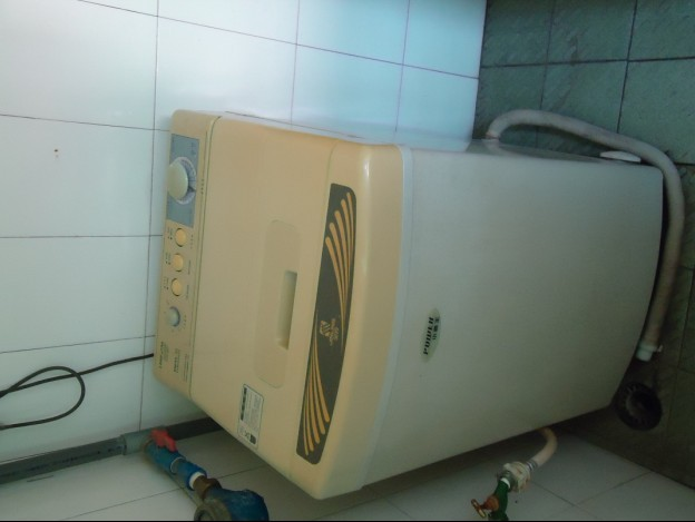 金翔全自动洗衣机,5kg.七成新