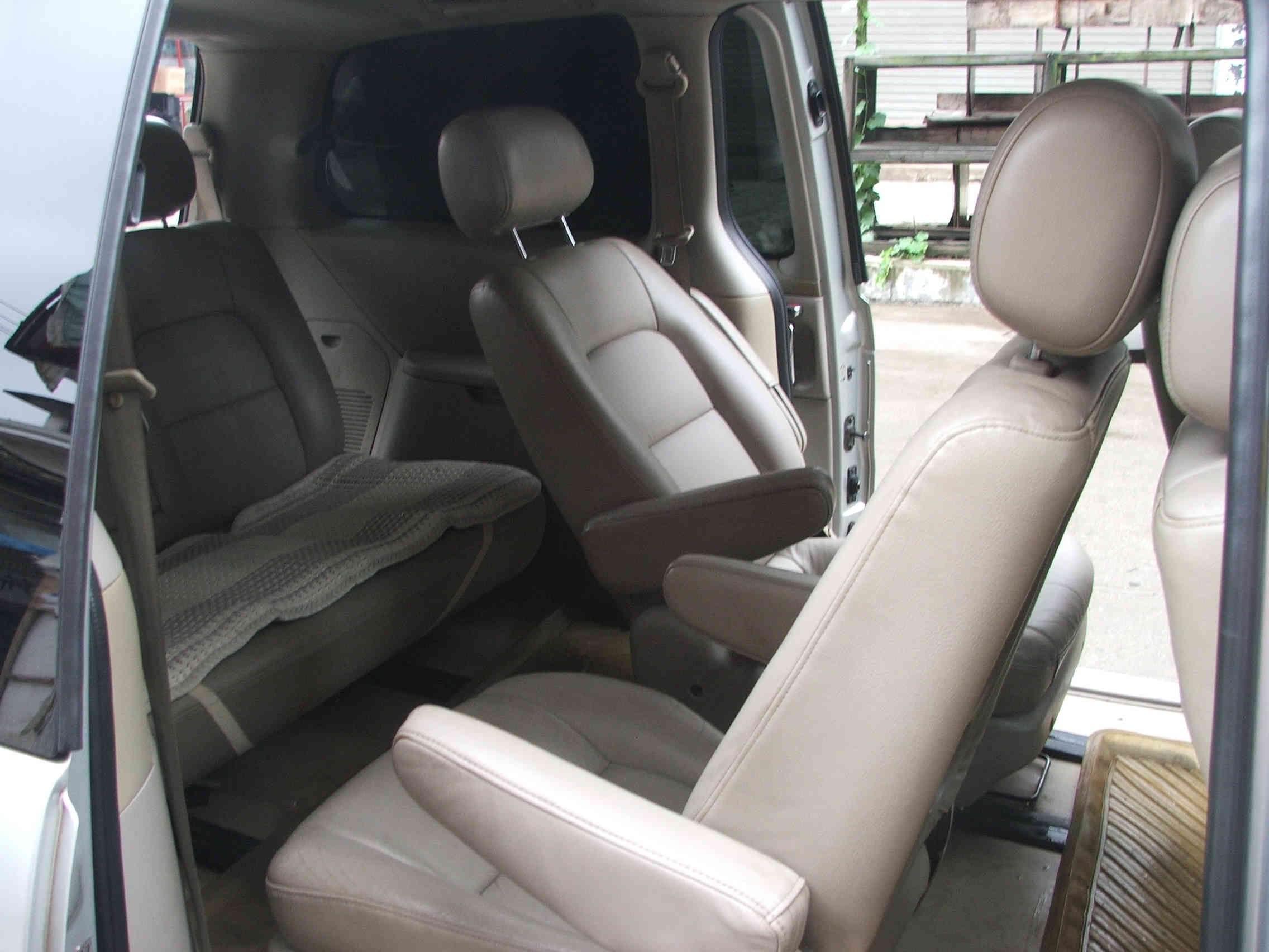 2005年起亚嘉华商务车出售高清图片
