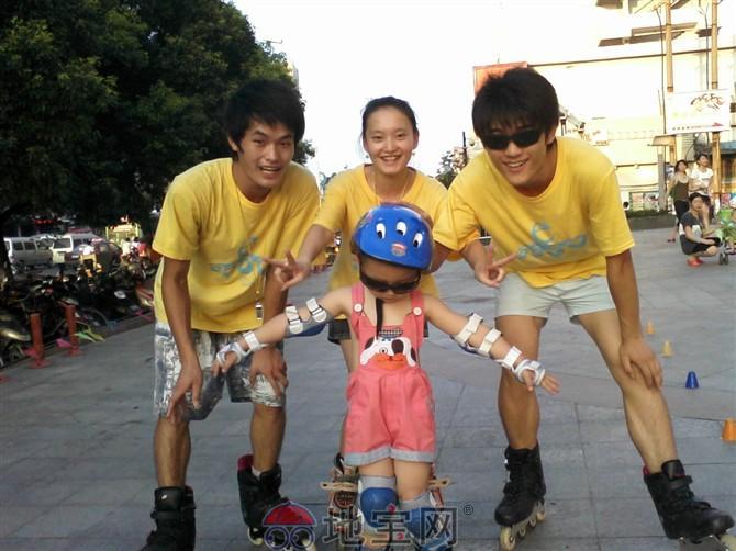 南昌/轮滑是当今非常时尚的运动,简单易学,快乐健身,深受孩子们的...